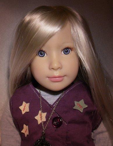 Lola's doll